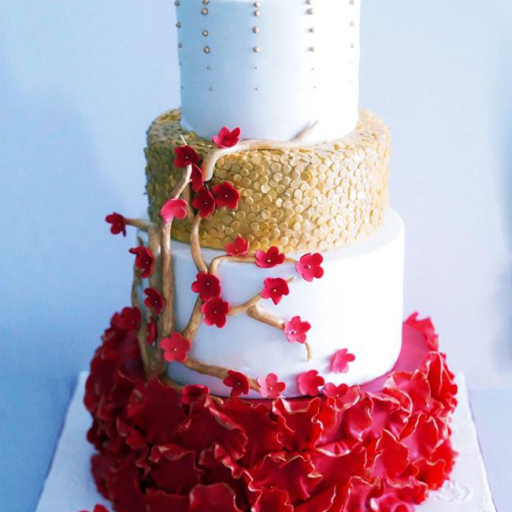 red gold and white wedding cakes zoeys bakehouse wedding cakes hyderabad 2014 2015 19124